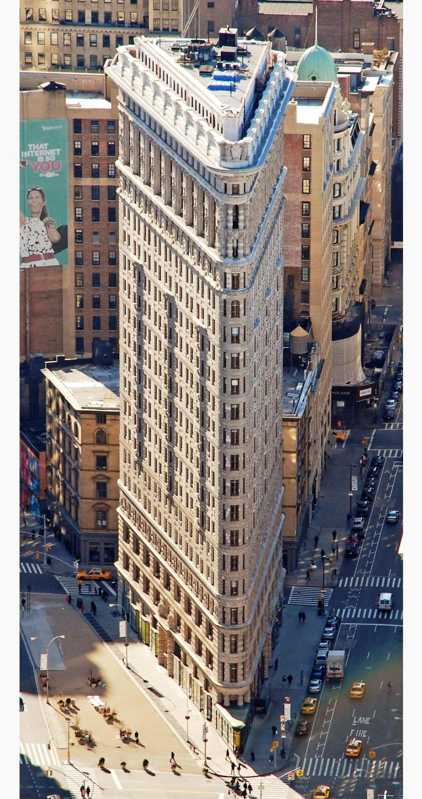 Aerial view of the Flatiron Building, facing south toward the building's pointed facade