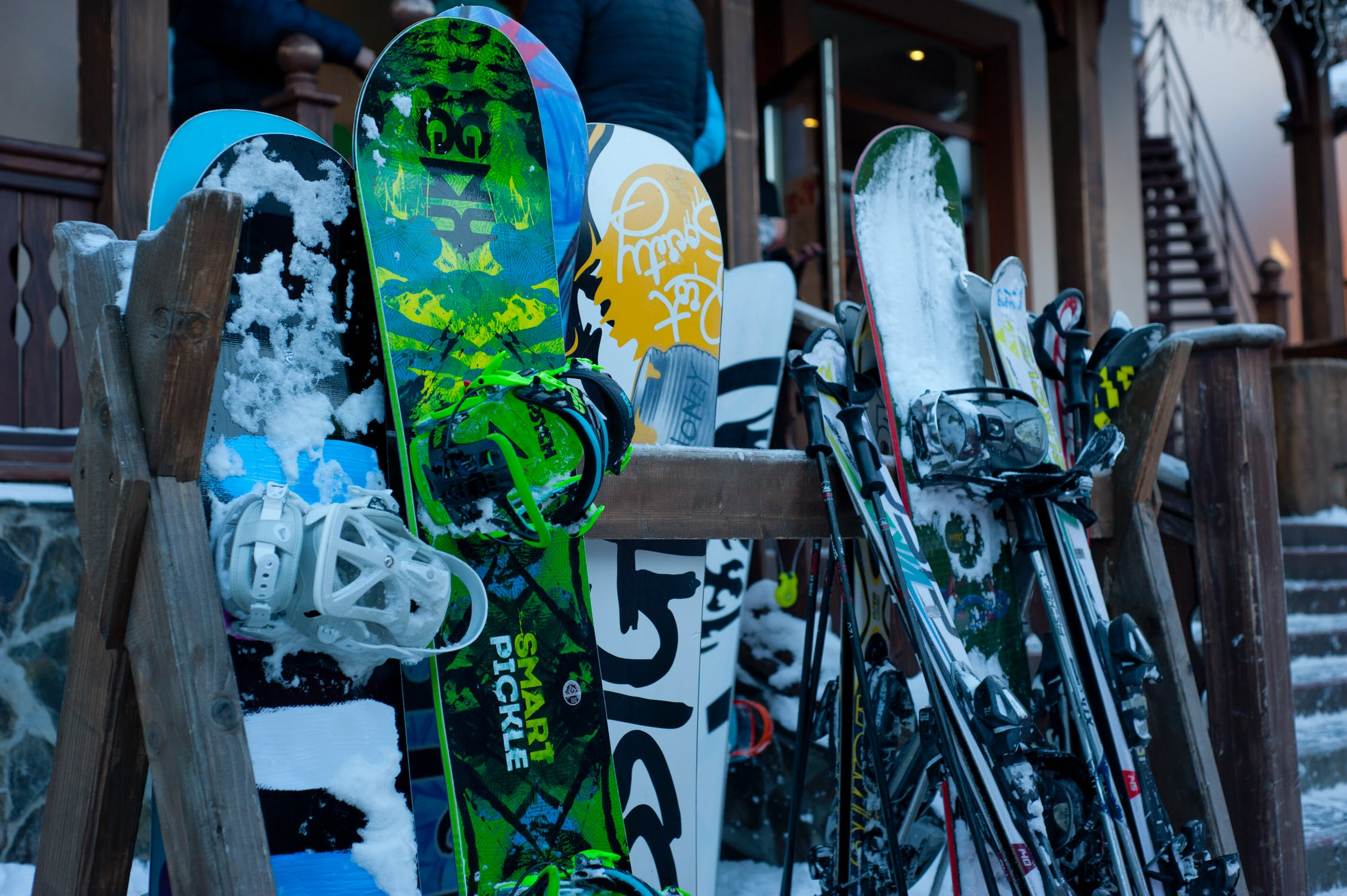Snowboards Choosing the Perfect One for Beginners